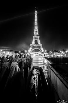 Eiffel Tower Fountain
